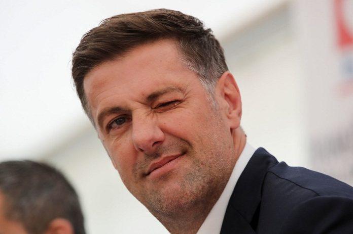 Главный тренер сборной Сербии по футболуМладен Крстаич