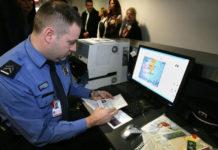 Белый картон - регистрация иностранца по месту пребывания