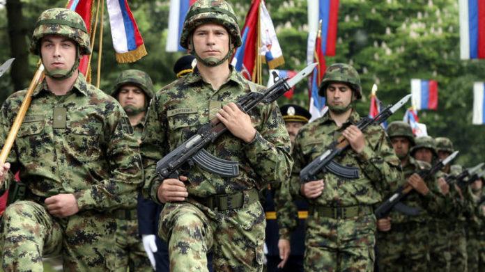 Сербия проведет военный парад в годовщину бомбардировок НАТО