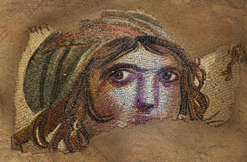 «Цыганка» Фрагмент мозаики с изображением женской головы