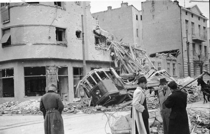 6 апреля 1941 Немецкая авиация начала бомбардировку Белграда