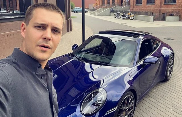 Милош Бикович и новая машина