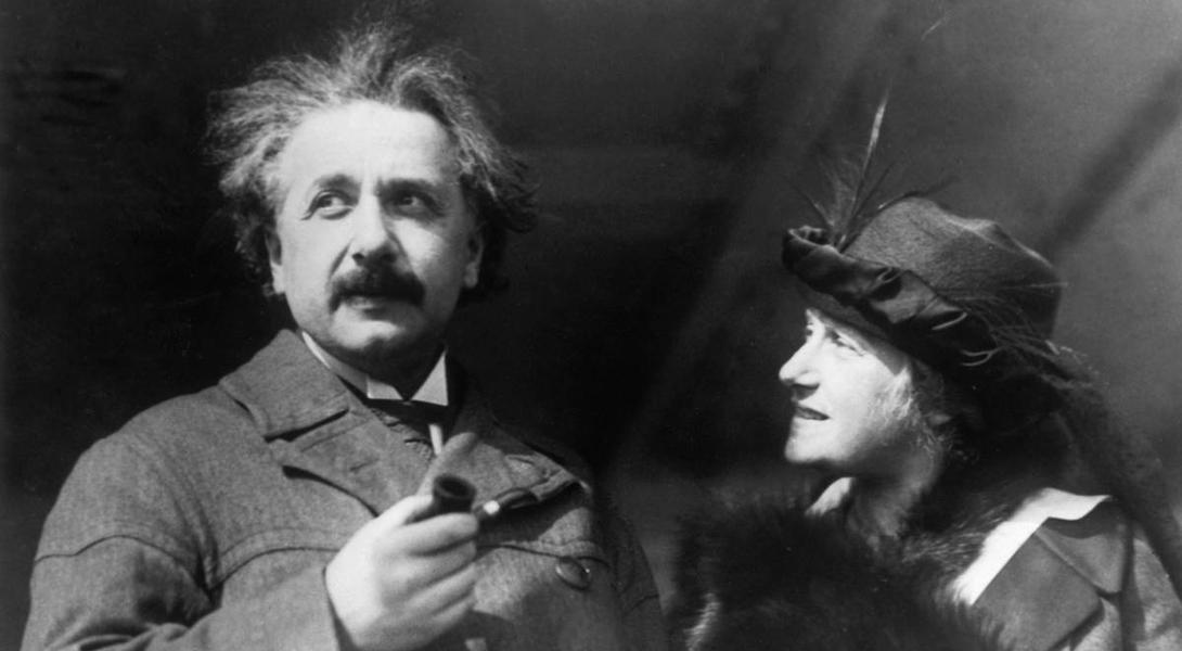 Альберт Эйнштейн с кузиной Эльзой Левенталь. 1915 г.